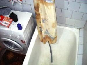 Вариант слива в ванну.
