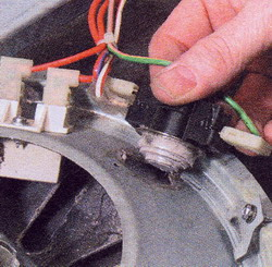 Рис. 31 Замена неисправного терморегулятора не должна быть дорогой