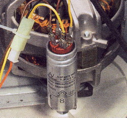 Рис. 50 Разрядите конденсатор